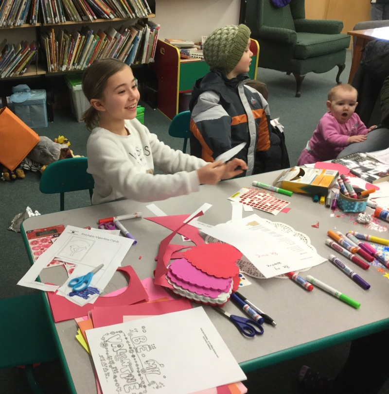 Local kids share the love with Canadian heroes
